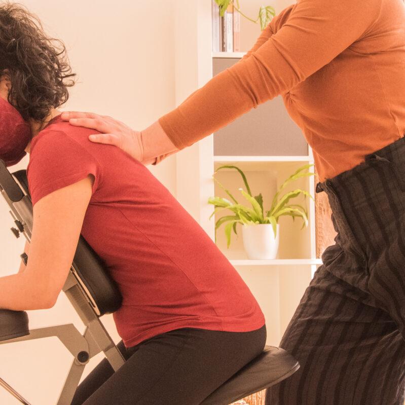 thaise nek schoudermassage